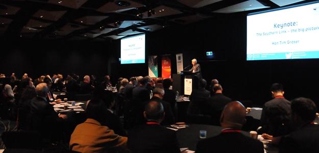 新西兰部长发话:愿当中国与南美的桥梁!_天维新闻频道 - Skykiwi.com